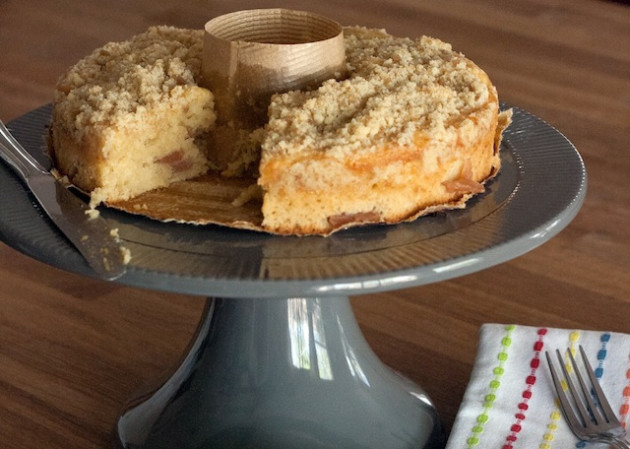 Apple Coffee Cake Recipe - Food Fanatic