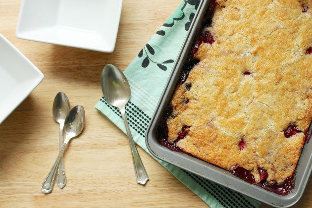 How To Make A Dump Cake With Frozen Fruit
