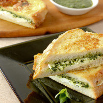 Mozzarella-in-carrozza-with-pesto-sandwich