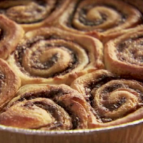 The Pioneer Woman Cinnamon Rolls