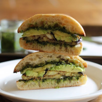 Roasted-eggplant-kale-pesto-sandwich-photo