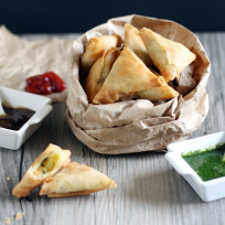 Mini-samosas-picture