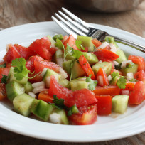 Cucumber-tomato-salad-photo