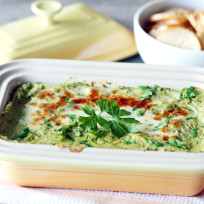 Spinach-and-artichoke-dip-photo