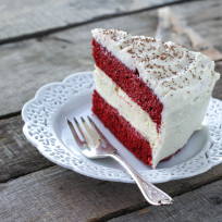 Cheesecake-factory-red-velvet-cheesecake-picture