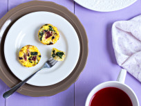 Mini Quiches with Spinach, Bacon and Parmesan: Perfect for Brunch