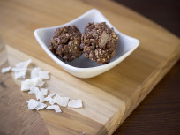 Apricot Coconut Balls: No Bake Nutrition