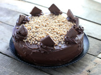 Mocha Cake: Toffee Crunch Madness