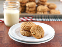 Healthy Peanut Butter Cookies: Love the Lunchbox!