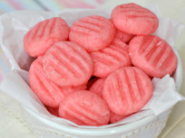 Sweet Strawberry Mints