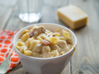 Healthy Mac and Cheese: Stovetop Stunner