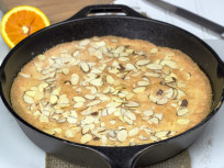 Almond Skillet Cake: Quick and Easy Dessert