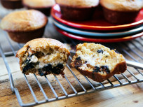 Fig Muffins with Honey & Lemon