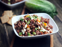 Chicken Quinoa Salad: Healthy Eats