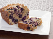 Healthy Blueberry Bread for Breakfast