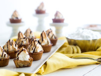 Peanut Butter Banana Cookie Cups
