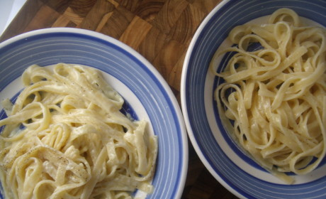 Fettuccine Alfredo: Battle of the Classics!