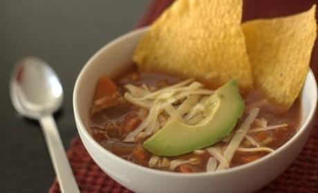 Slow Cooker Chicken Tortilla Soup: A Simmering Sensation