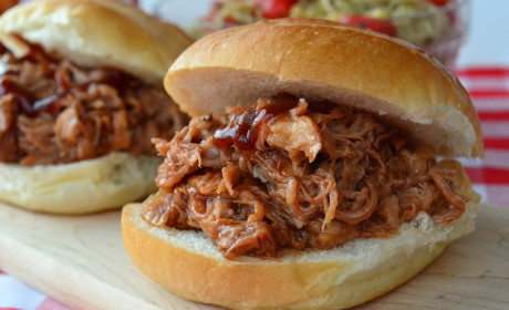 Slow Cooker Pulled Pork: Tempting, Tasty, One-Pot Goodness