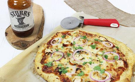 BBQ Chicken Pizza: A Satisfying Supper & Stubb's BBQ Sauce