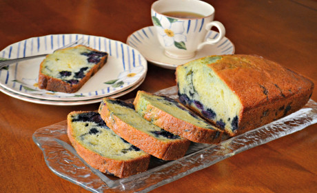 Lemon Blueberry Bread: Sunshine Sweet