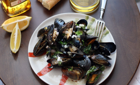 Whiskey Mussels en Papillote for Two