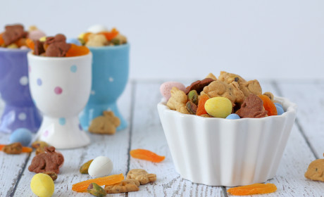 Easter Trail Mix for Your Little Bunnies