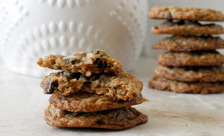 Oatmeal Coconut Chocolate Chip Cookies: Toasty Cookie Nirvana