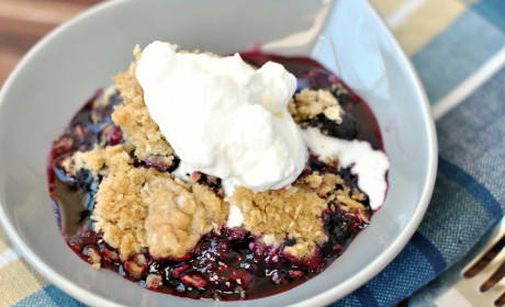 Blueberry Crisp: Summertime Classic