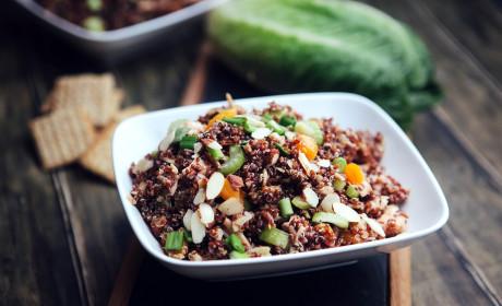 Chicken Quinoa Salad: Healthy Eats