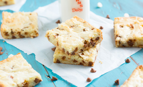 White Chocolate Brownies with Cinnamon Chips