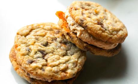 Butterfinger Cookie Sandwiches