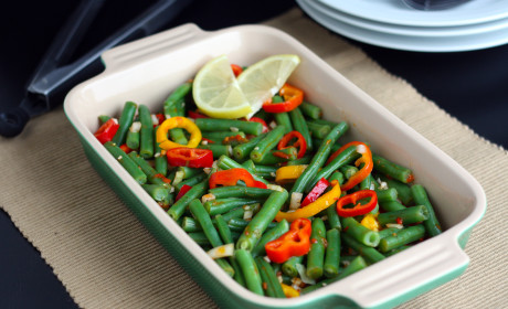 Green Bean Salad with Lemon Harissa Dressing