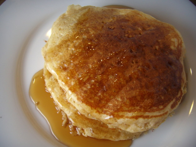 Homemade Buttermilk Pancakes: A Sunday Morning Favorite