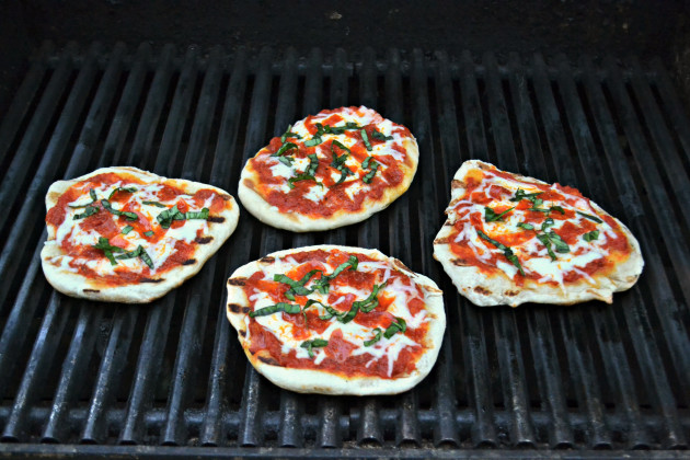 Grilled Pizza Picture