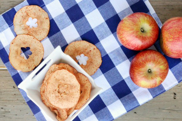 Baked Apple Chips Image