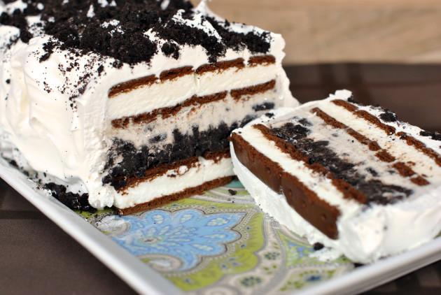 Oreo Ice Cream Cake: Easy Frozen Fun - Food Fanatic