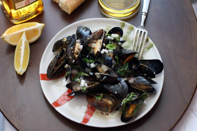 Whiskey Mussels en Papillote Photo