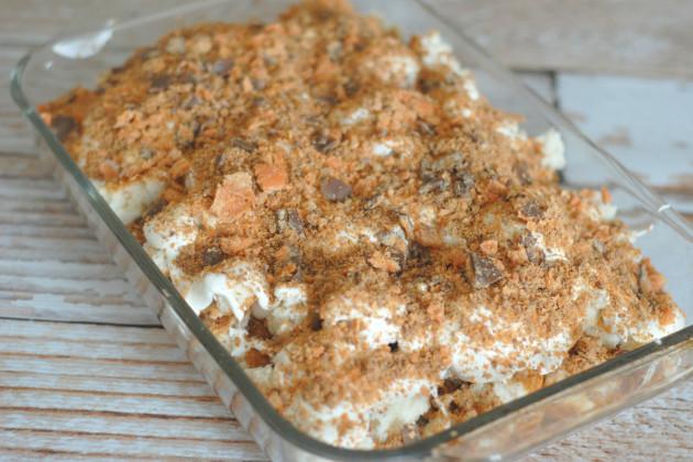 Butterfinger Cake Image