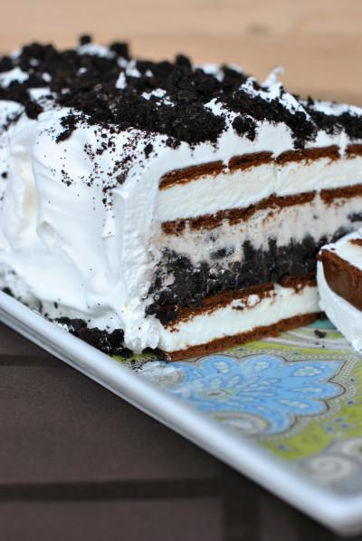 Oreo Ice Cream Cake: Easy Frozen Fun by Food Fanatic ...