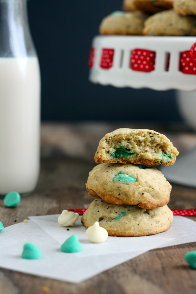 White Chocolate Peppermint Mocha Cookies Picture